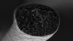 normaler Haarschnitt unter dem Mikroskop